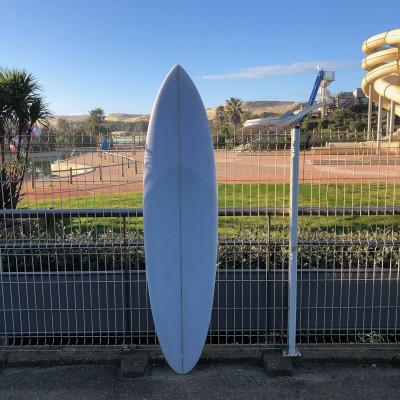 Midlenght 6'8 Sean cusik Surfboard