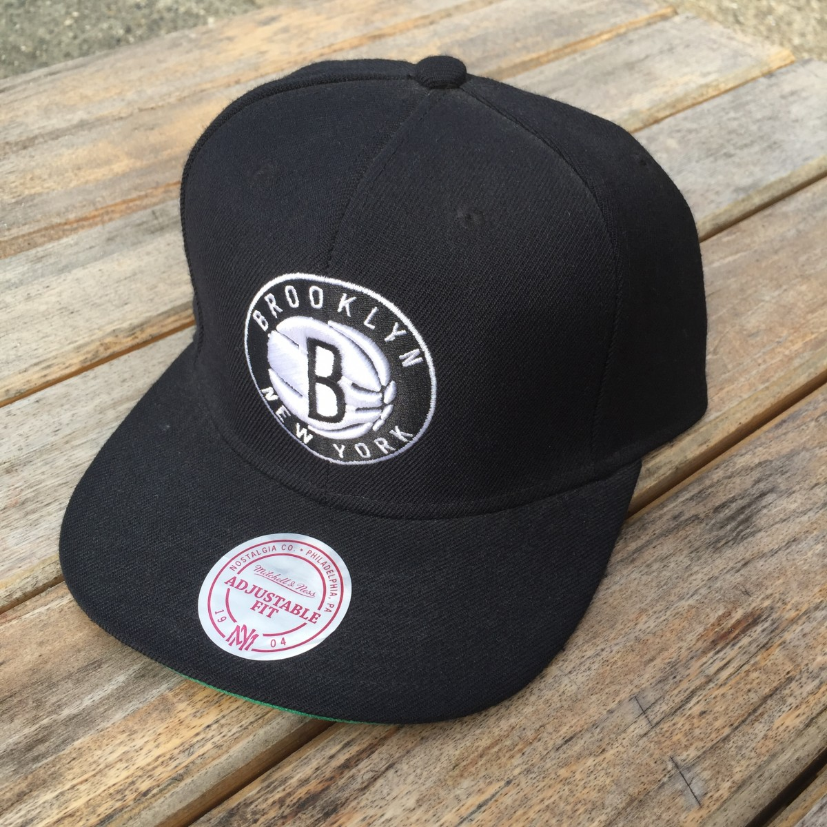 Casquette Mitchell Ness Brooklyn Le Wharf