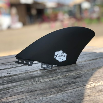 Dérive twin fish keel click tab feather fins