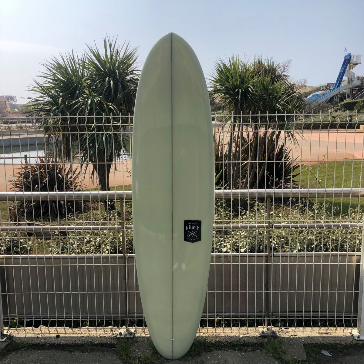 Surf Midlenght Creative army huevo 6'10