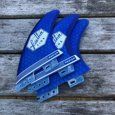 Dérive feather fins ULTRALIGHT BLUE CLICK TAB ( fcs2)